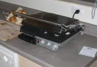 Grill elektryczny w domu