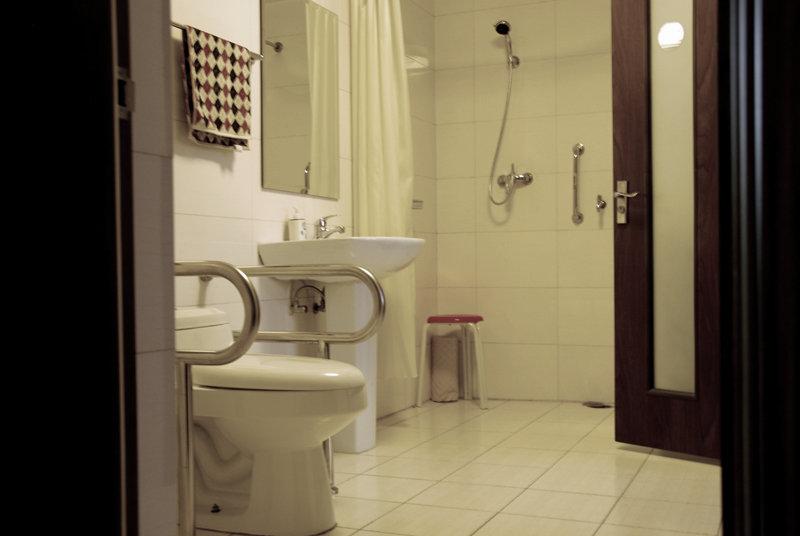 łazienka bezpieczna dla seniora